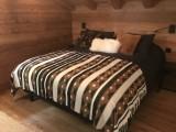 Chalet-Aramis-chambre-double2-location-appartement-chalet-Les-Gets