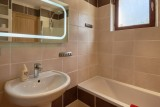 chalet-aventure-salle-des-bain-4-5151696