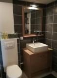 Chalet-des-Perrieres-salle-de-bain-location-appartement-chalet-Les-Gets
