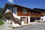 Chamioret-6-Violette-exterieur-ete-location-appartement-chalet-Les-Gets