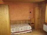 Chapuis-chambre-lit-simple-location-appartement-chalet-Les-Gets