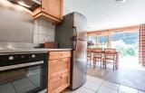 Chaumiere-2-4pieces-6personnes-cuisine-location-appartement-chalet-Les-Gets