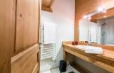Chaumiere-5-5pieces-8personnes-salle-de-bain-location-appartement-chalet-Les-Gets
