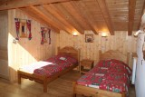 Chez-Rose-chambre-lits-simples-location-appartement-chalet-Les-Gets