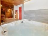 Cognee-jacuzzi1-location-appartement-chalet-Les-Gets