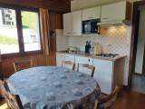 Corzolet-4-Bleuet-cuisine-location-appartement-chalet-Les-Gets