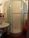 Eau-Vive-3-salle-de-bain-location-appartement-chalet-Les-Gets