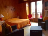 Eau-Vive-4-salon-lit-double-location-appartement-chalet-Les-Gets