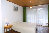 Fauvettes-1-Ranfolly-chambre-lit-double-location-appartement-chalet-Les-Gets