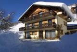 Fauvettes-1-Ranfolly-exterieur-hiver-location-appartement-chalet-Les-Gets