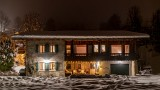 Ferme-du-Crinaz-exterieur-nuit-location-appartement-chalet-Les-Gets