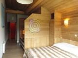Fleur-des-Alpes-3-Rhododendron-chambre-location-appartement-chalet-Les-Gets