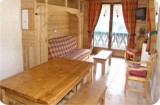 Fleur-des-Alpes-4-Edelweiss-salle-a-manger-location-appartement-chalet-Les-Gets