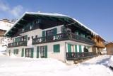 Fleur-des-Alpes-6-Gentiane-exterieur-hiver-location-appartement-chalet-Les-Gets