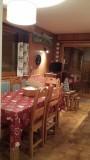 Floriere-4-sejour-table-location-appartement-chalet-Les-Gets