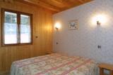 Forge-E-chambre-lit-double2-location-appartement-chalet-Les-Gets