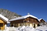 Forge-E-exterieur-hiver-location-appartement-chalet-Les-Gets