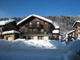 Isba-1-exterieur-hiver-location-appartement-chalet-Les-Gets
