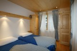 Isba-4-chambre1-location-appartement-chalet-Les-Gets