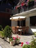 Isba-4-exterieur-ete-location-appartement-chalet-Les-Gets