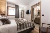 Kilimandjaro-2A-chambre-double-sdb-location-appartement-chalet-Les-Gets