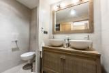 Kilimandjaro-2A-salle-de-bain-location-appartement-chalet-Les-Gets