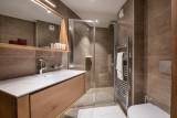 Kinabalu-10-salle-de-bain-location-appartement-chalet-Les-Gets