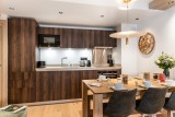 Kinabalu-11-sejour-cuisine-location-appartement-chalet-Les-Gets