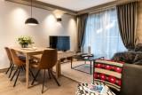 Kinabalu-15-salon-salle-a-manger-location-appartement-chalet-Les-Gets