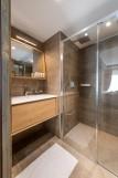 Kinabalu-16-salle-de-bain3-location-appartement-chalet-Les-Gets