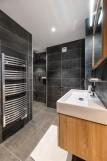 Kinabalu-18-salle-de-bain2-location-appartement-chalet-Les-Gets