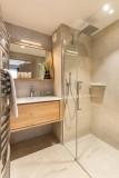 Kinabalu-2-salle-de-bain-location-appartement-chalet-Les-Gets