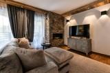 Kinabalu-26-salon-TV-location-appartement-chalet-Les-Gets