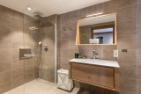 Kinabalu-27-douche-salle-de-bain-location-appartement-chalet-Les-Gets