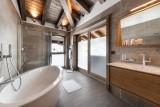 Kinabalu-33-salle-de-bain-location-appartement-chalet-Les-Gets