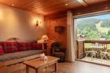 Labrador-3-pieces-4-6-personnes-salon-location-appartement-chalet-Les-Gets