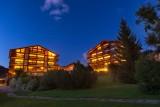 Labrador-3-pieces-mezzanine-6-personnes-vue-nuit-location-appartement-chalet-Les-Gets