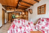Lou-Baitandys-sejour-canape-location-appartement-chalet-Les-Gets