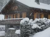 Lou-Paradou-exterieur-hiver-location-appartement-chalet-Les-Gets