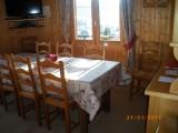 Lou-Paradou-salle-a-manger-location-appartement-chalet-Les-Gets