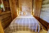 Maison-d-hiver-chambre-double2-location-appartement-chalet-Les-Gets