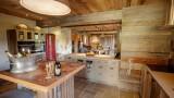 Maison-d-hiver-cuisine3-location-appartement-chalet-Les-Gets