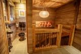 Maison-d-hiver-entree-wc-location-appartement-chalet-Les-Gets