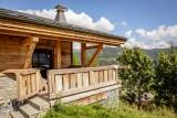 Maison-d-hiver-exterieur-balcon-location-appartement-chalet-Les-Gets