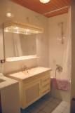 Metrallins-Muguet-salle-de-bain-location-appartement-chalet-Les-Gets