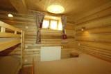 Metrallins-Perce-Neige-chambre2-location-appartement-chalet-Les-Gets
