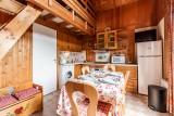 Moudon-Chalet17-sejour-cuisine-location-appartement-chalet-Les-Gets