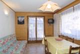 Nevada-2-sejour-location-appartement-chalet-Les-Gets