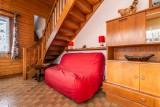 Pressenage-Geai-salon-location-appartement-chalet-Les-Gets
