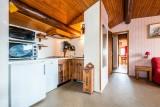 Pressenage-Moineau-cuisine-location-appartement-chalet-Les-Gets